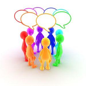 Facebook, Twitter, Viadeo, LinkedIn... Ces réseaux sociaux peuvent parfois vous aider à trouver un emploi...