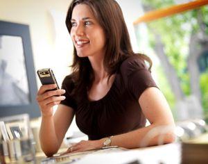 L utilisateur de smartphone, consommateur incontournable pour les marques