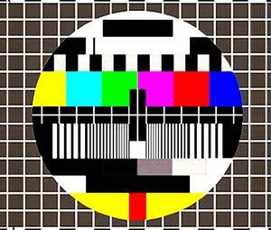 Les Français utilisent de plus en plus de nouveaux équipements liés à leur téléviseur. Grâce à eux, la télévision - écran préféré des foyers - devient aussi ludique et de meilleure qualité. Ces équipements contribuent à multiplier les usages autour de l'écran TV.