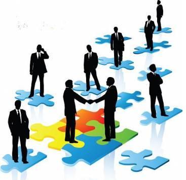 Le DRH devient un véritable « Business Partner » qui va amener son expertise au dirigeant pour attirer, motiver, développer et retenir ses managers et collaborateurs.