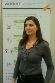 Guénaëlle Perrin, Responsable Marketing B2B, dédiée aux produits Carrière chez Viadeo