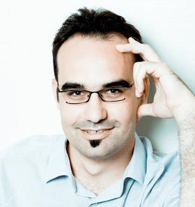 Jean-François Ruiz, Co-Fondateur @ PowerOn, Co-Auteur du blog Webdeux.info et du livre Réussir avec les Réseaux Sociaux