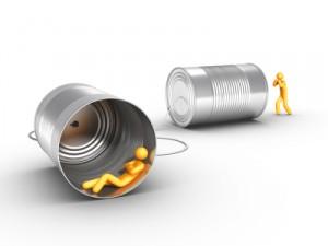 Connaître ses clients nécessite de savoir écouter leurs conversations dans les médias sociaux. Suivi du parcours client en ligne, CRM et fidéliation sont ainsi étroitement liés.