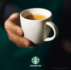 Starbucks lance son plan de transformation stratégique. En quoi la fidélisation des clients de la marque méritait-elle aussi d'être optimisée ? Quels sont les points couverts par cette amélioration ?