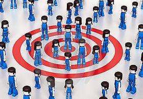 Le CRM social approche la dimension émotionnelle par l'analyse de l'activité sociale, définit et comprend les consommateurs en tant qu'individus engagés, construit des stratégies de conversation valorisantes, dédiées et honnêtes.