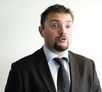 Jean-Pierre Riehl, Directeur de la practice Data & Business Intelligence chez Azeo
