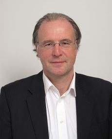 Luc Jonker, PDG de Intrasonics