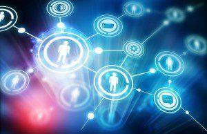 Comment détecter les mass mavens et mass connectors sur Facebook ? Comment quantifier l'impact d'un message sur Facebook ? Un fan a-t-il de la valeur ?
