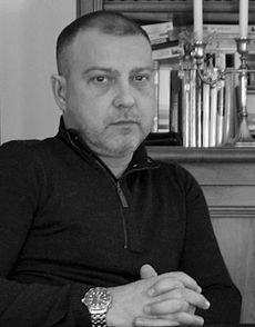 Laurent Lacour, Expert en marketing/communication multi-secteurs, multi-supports, multi-canaux