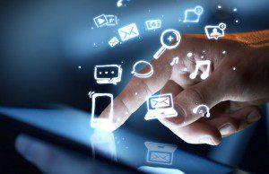 6 résolutions sociales que nous recommandons à chaque directeur marketing ( CMO ) d'envisager sérieusement cette année.