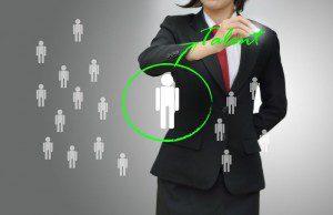 Gérer son image sur les réseaux sociaux demande le même professionnalisme que celui des meilleures équipes marketing et communication d'entreprise.