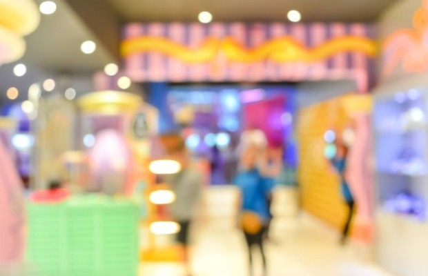 Quelle est l'utilité stratégique de mesurer le comportement des clients dans le magasin ?