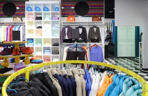 Comment les marques peuvent-elles utiliser les techniques omnicanal et exploiter à leur avantage le showrooming et apporter de réels services aux clients ?