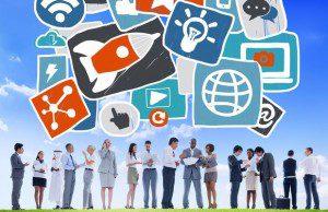 Marketing digital : les marques prennent exemple sur les médias en s'emparant de l'outil vidéo.