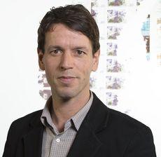 François Gobillot, Directeur AxiCom France