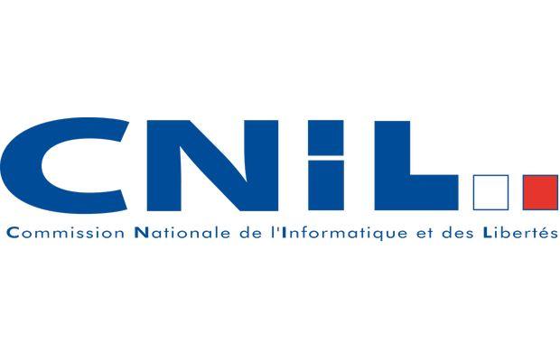 """nouveau cadre légal modifie les informations qui doivent être communiquées aux consommateurs au moment de la collecte de leurs données personnelles que l'on appelle traditionnellement la """"mention CNIL"""""""