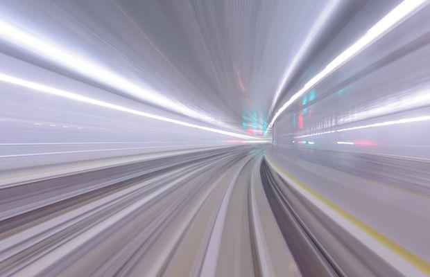 La mutation numérique, pour se montrer gage de compétitivité, doit répondre à des règles au risque d'évoluer trop lentement et de disparaître.