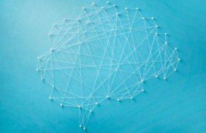 Comment amener les métiers de la relation clientèle vers de nouvelles sphères en couplant interaction humaine et Intelligence Artificielle ?