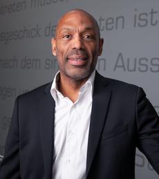 Dominique Despres, VP France chez Uberall