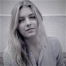Julie Defrance, chef de projet communication chez Techsell
